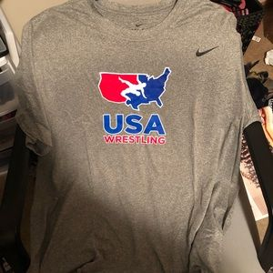 NWOT Nike men's USA wrestling dri-fit t-shirt grey